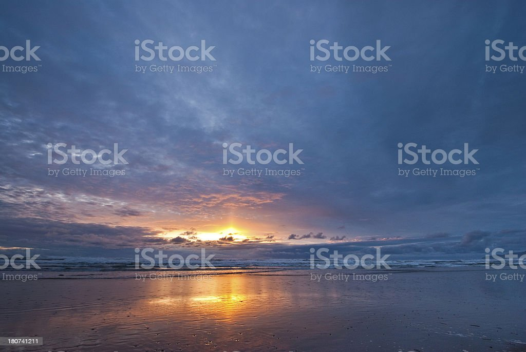 Sunset on the Pacific Ocean - Royalty-free Beach Stock Photo