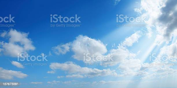 Photo of sunshine in clean sky