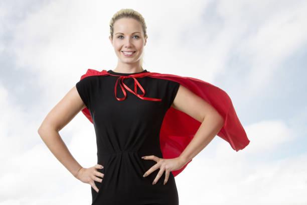 super-helden bei der arbeit - damen umhänge stock-fotos und bilder