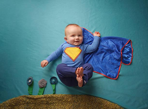 super herói bebé - baby super hero imagens e fotografias de stock