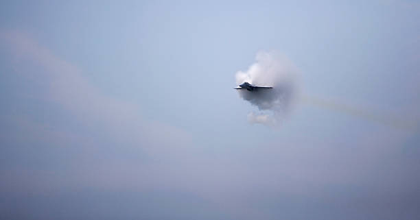 f/a 18 super hornet sonic boom - sonic boom stock photos and pictures