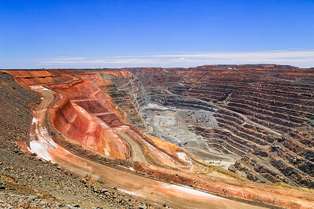 WA Super pit hor sky stock photo