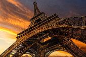 istock Super wide shot of Eiffel Tower under dramatic sunset 538996253