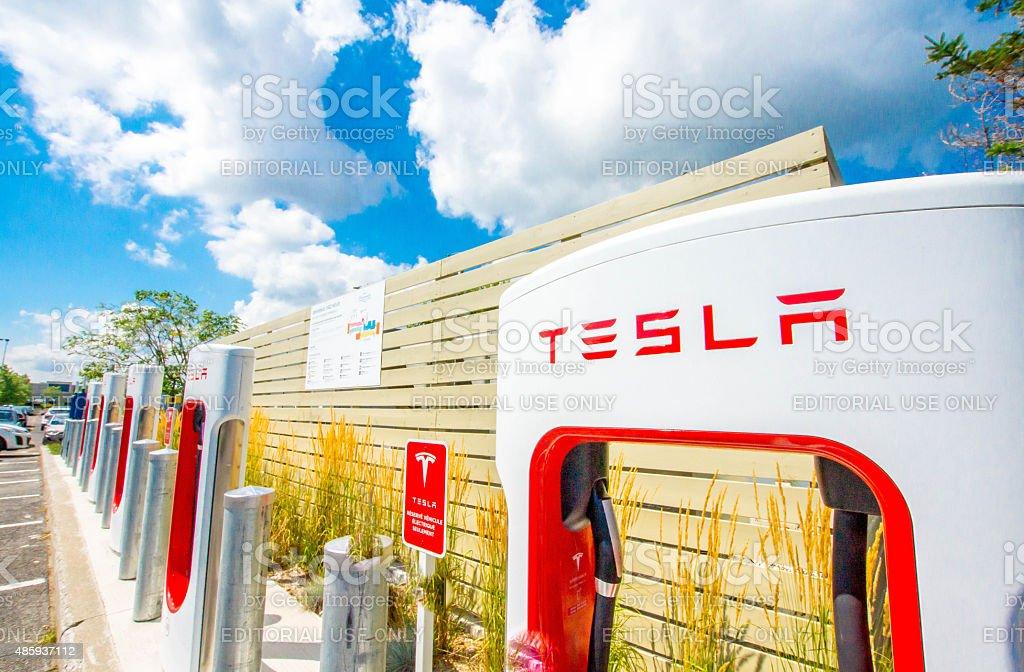 SUPERCHARGEUR Tesla - Photo