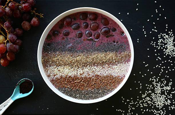 Nutritivas Acai Berry batido Tazón de fuente - foto de stock