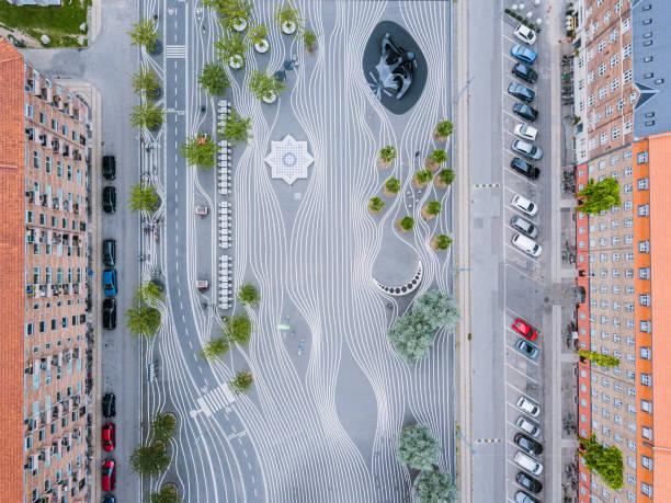 superkilen park i köpenhamn, danmark - drone copenhagen bildbanksfoton och bilder