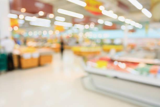supermarket blurred background with bokeh - dagligvaruhandel, hylla, bakgrund, blurred bildbanksfoton och bilder