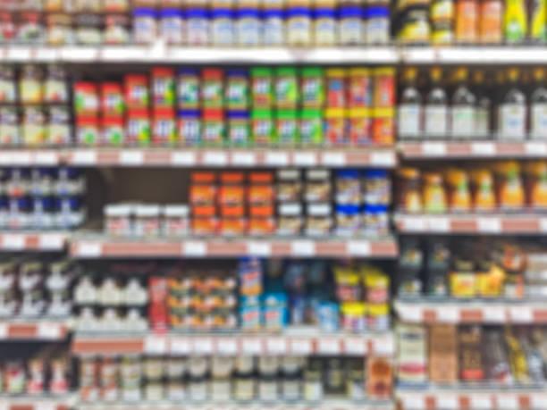 stormarknad hylla oskärpa bakgrund - dagligvaruhandel, hylla, bakgrund, blurred bildbanksfoton och bilder