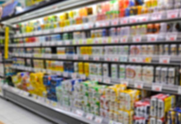 スーパーマーケット保管 defocus 背景 - スーパーマーケット 日本 ストックフォトと画像
