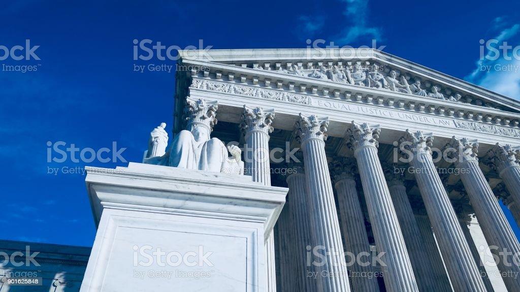 Edificio de la corte de Suprema del Estados Unidos el día de Navidad foto de stock libre de derechos