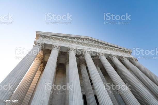Amerikansk Högsta Domstolsbyggnad-foton och fler bilder på Arkitektonisk kolonn