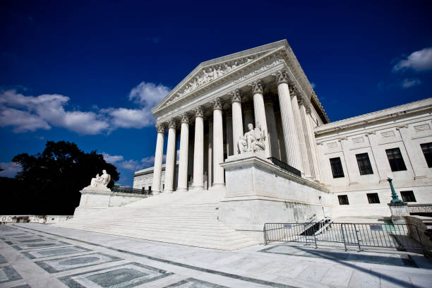 US Supreme Court Building US Supreme Court building in Washington, DC. us supreme court building stock pictures, royalty-free photos & images
