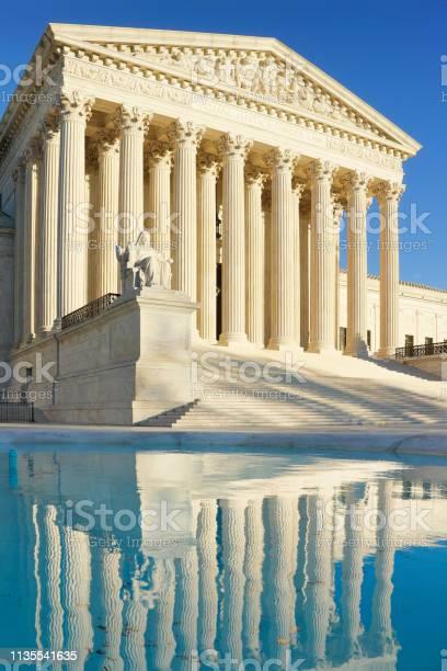 Supreme court building washington dc picture id1135541635?b=1&k=6&m=1135541635&s=612x612&h=ckqk6gjsg3tufu68mvdzcrj8x3njploeaz52ncq7a0g=