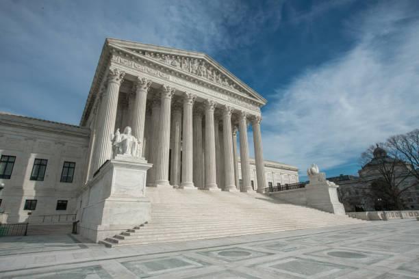 yüksek mahkeme, washington, dc amerika birleşik devletleri - abd yüksek mahkemesi binası stok fotoğraflar ve resimler