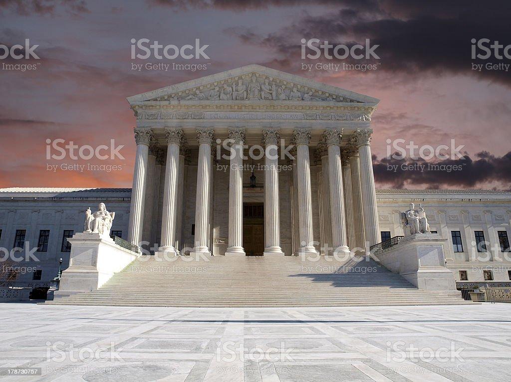 Sąd Najwyższy Sunrise – zdjęcie