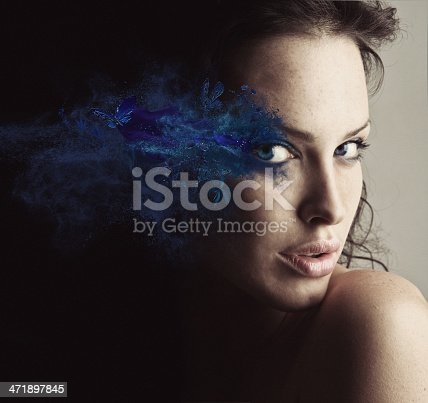 istock sureal make-up 471897845