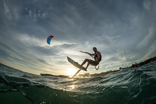 Surf rides Hydrofoilkite