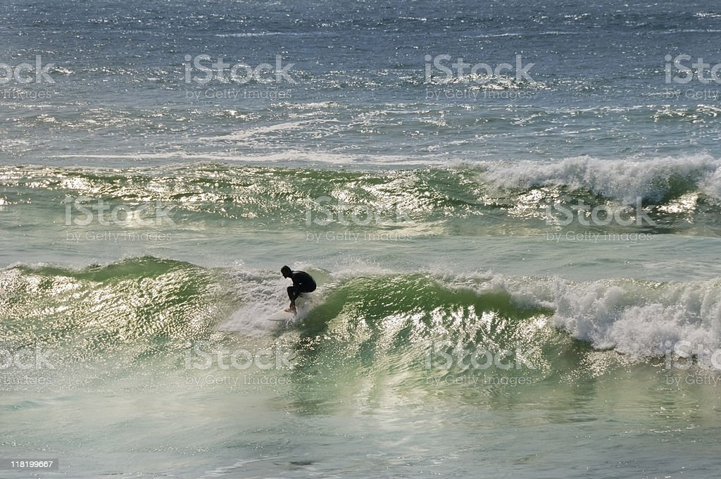 Surfer sur les vagues little - Photo