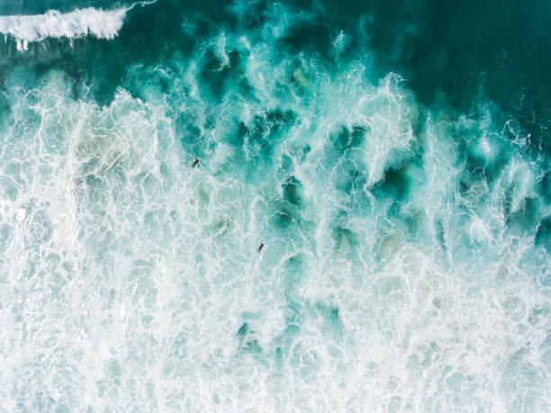 surfen den atlantischen ozean - digital surfer stock-fotos und bilder
