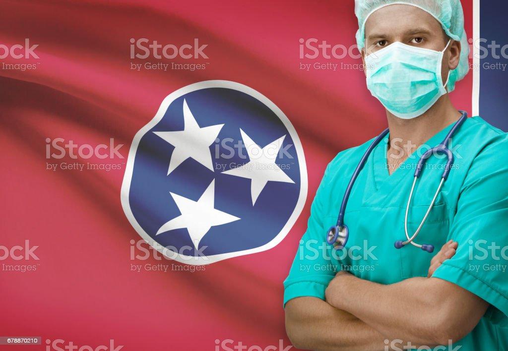 Chirurgien avec États-Unis déclare les drapeaux sur la série de fond - Tennessee photo libre de droits