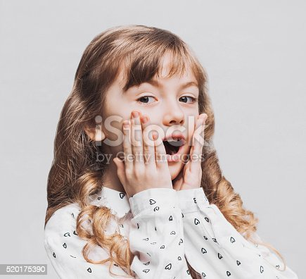 istock Surprised little girl 520175390