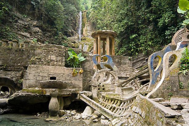 Surreal Architecture in the Jungle Las Pozas (