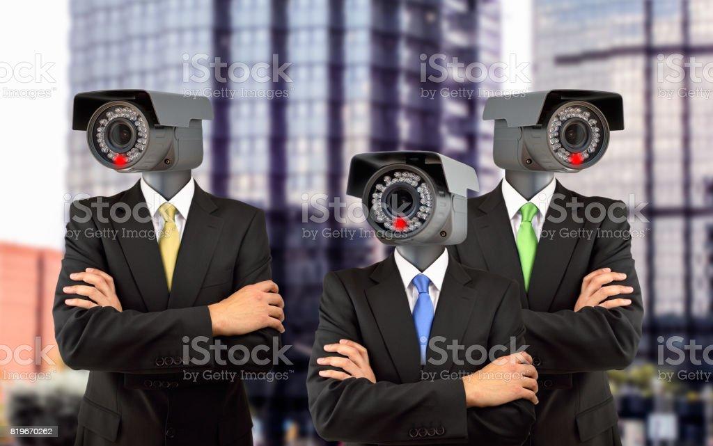 equipe de vigilância na cidade - foto de acervo