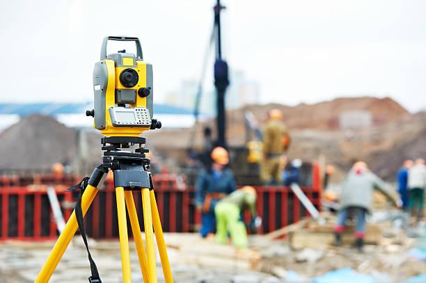 Landvermesser Ausrüstung Theodolit auf Baustelle – Foto