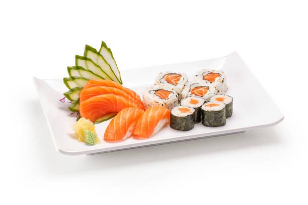 白い背景に寿司と刺身 - 日本食 ストックフォトと画像