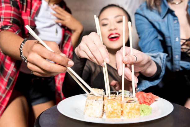 寿司。 - 日本食 ストックフォトと画像