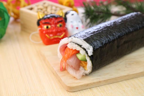 Sushi-Rolle der Segen Richtung – Foto