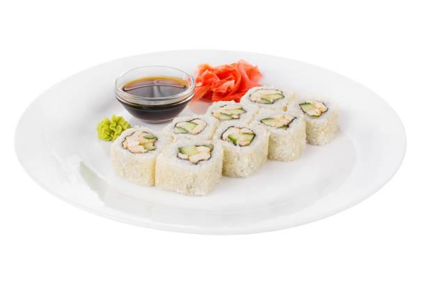 sushi, rollt auf einem weißen, isolierten hintergrund - philadelphia hähnchen stock-fotos und bilder