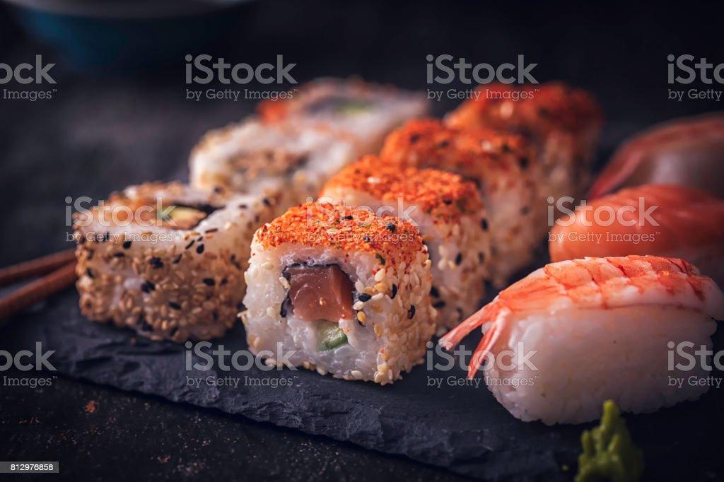 Variação de sushi - foto de acervo