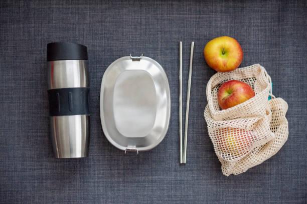 sustainable lifestyle – it's up to you! - rifiuti zero foto e immagini stock