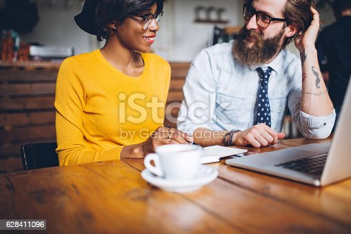 istock Swapping ideas over coffee 628411096