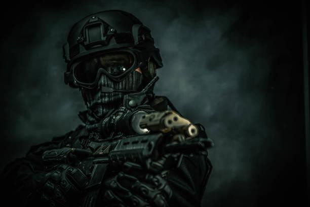SWAT ekibi üyeleri, özel kuvvetler Spec Ops stok fotoğrafı