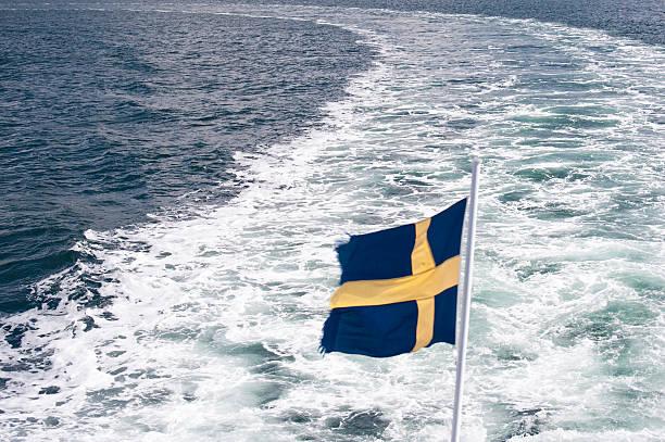 swedisch flag - ferry lake sweden bildbanksfoton och bilder