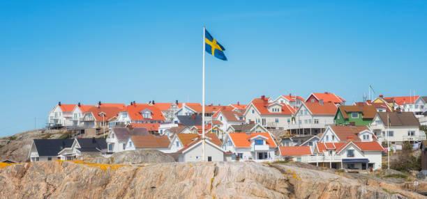 svenska island homes - bohuslän nature bildbanksfoton och bilder