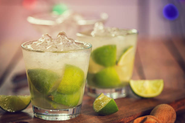 Süße und erfrischende Getränk Caipirinha Cocktail – Foto