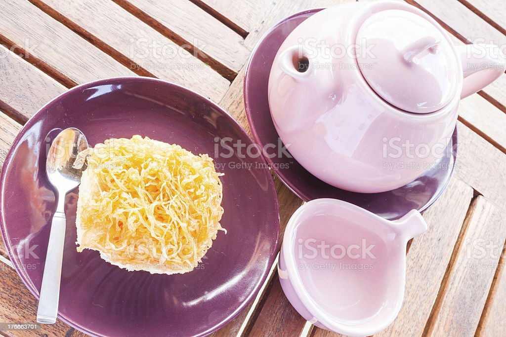 Sweet break set of hot tea and cup cake royalty-free stock photo
