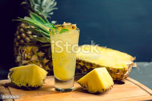 istock Sweet cocktail with pineapple and rum 910730470