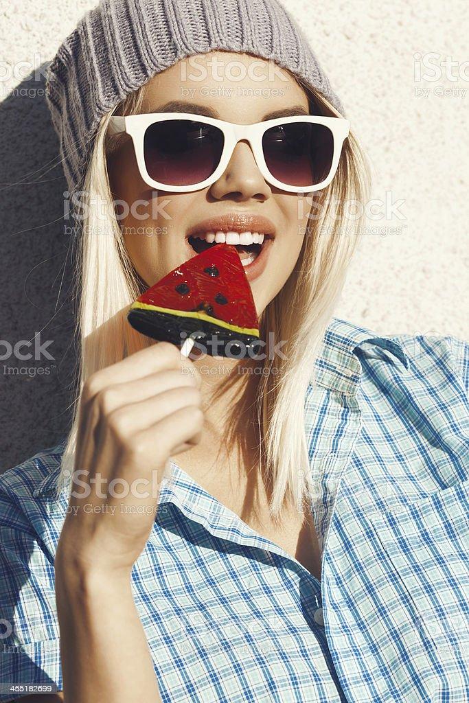 Фото, блондинка очки сосание фото