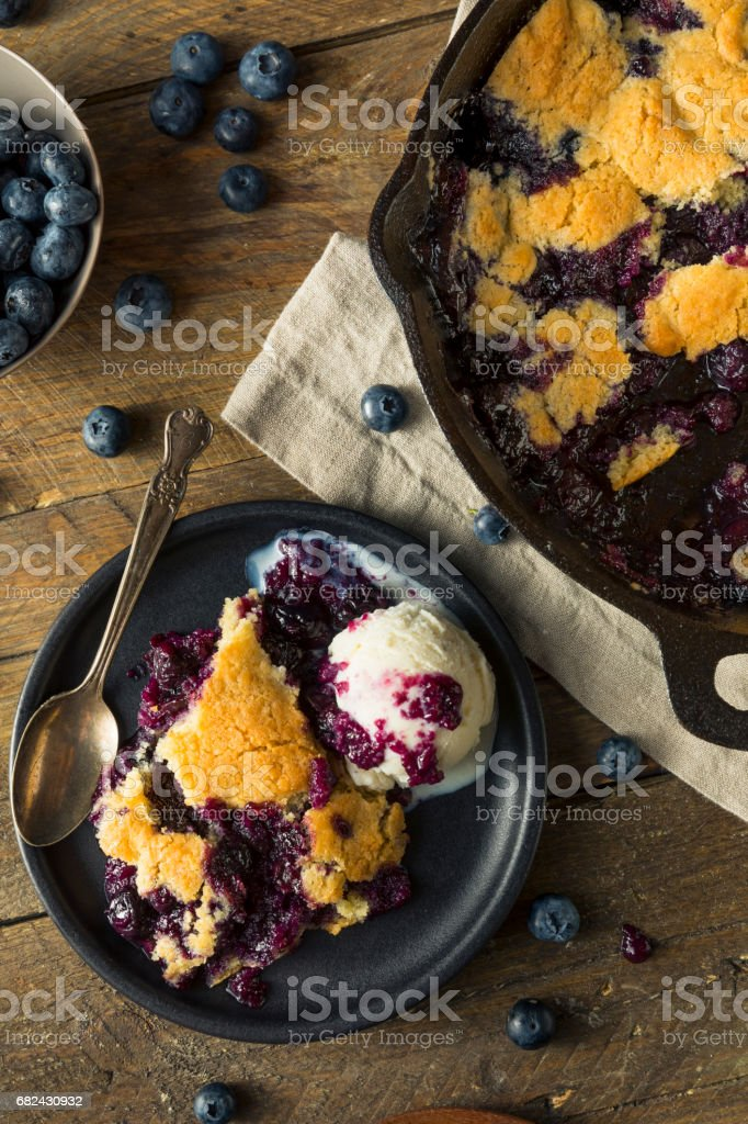 Sweet Homemade Blueberry Cobbler Dessert photo libre de droits