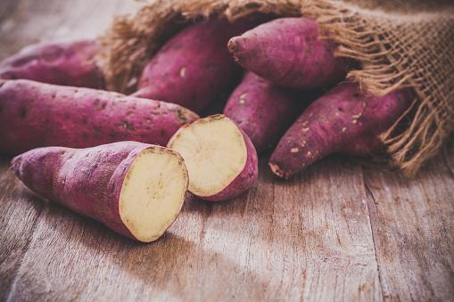 Słodkie Ziemniaki - zdjęcia stockowe i więcej obrazów Bez ludzi