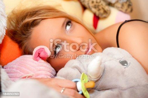 istock Sweet teenager nostalgy 184650263