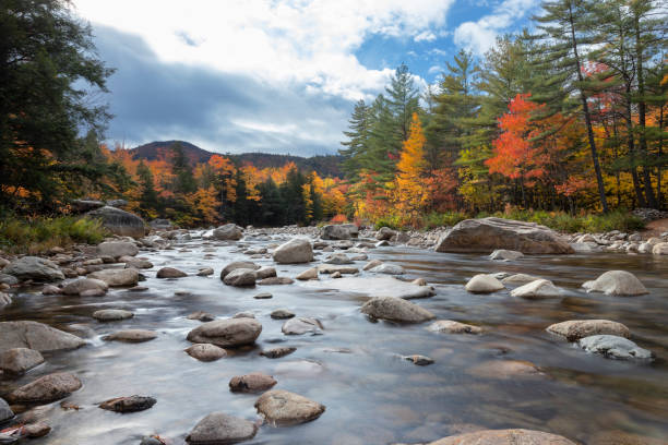 swift river-new hampshire - new hampshire stockfoto's en -beelden