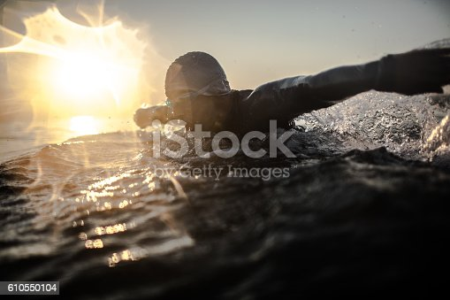 610548820 istock photo Swimmer in action 610550104