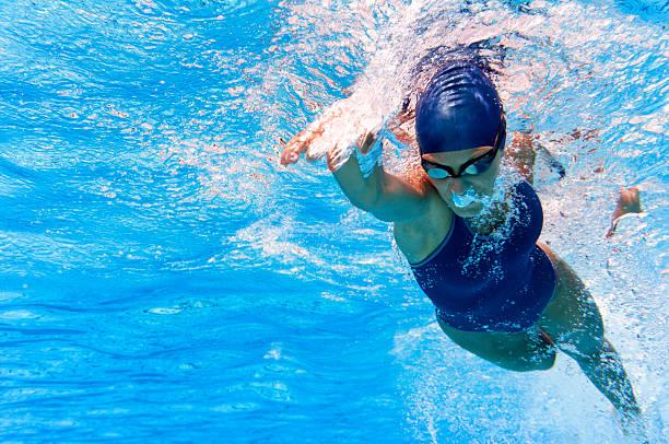 nadador - natación fotografías e imágenes de stock