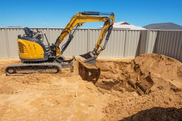 swimming pool excavation - wykopywać zdjęcia i obrazy z banku zdjęć