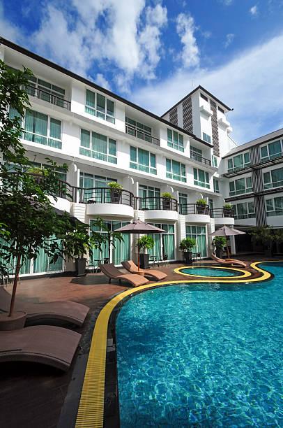 Swimmingpool im hotel – Foto